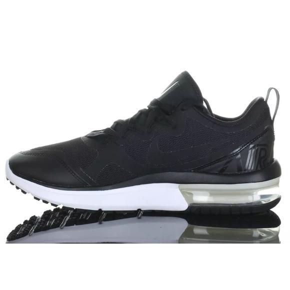Nike Air Max Fury Running Shoe SZ 8 Black NWD 555fc6b11